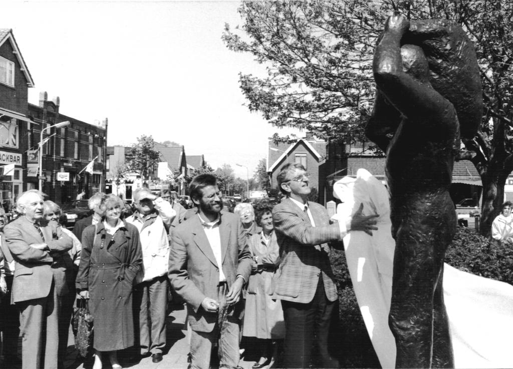 PvdA-27-4-1990
